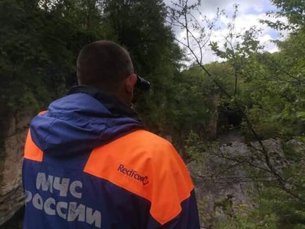 В Адыгее спасатели нашли тело второго туриста пропавшего на реке Белой