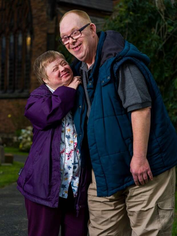 Иврадости, ивгоре: супруги ссиндромом Дауна отметили 28 годовщину свадьбы
