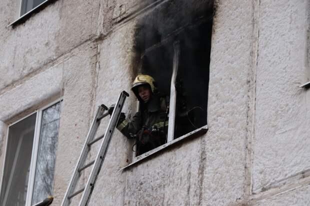 9 жильцов дома на улице Майской в Ижевске эвакуировали из-за пожара