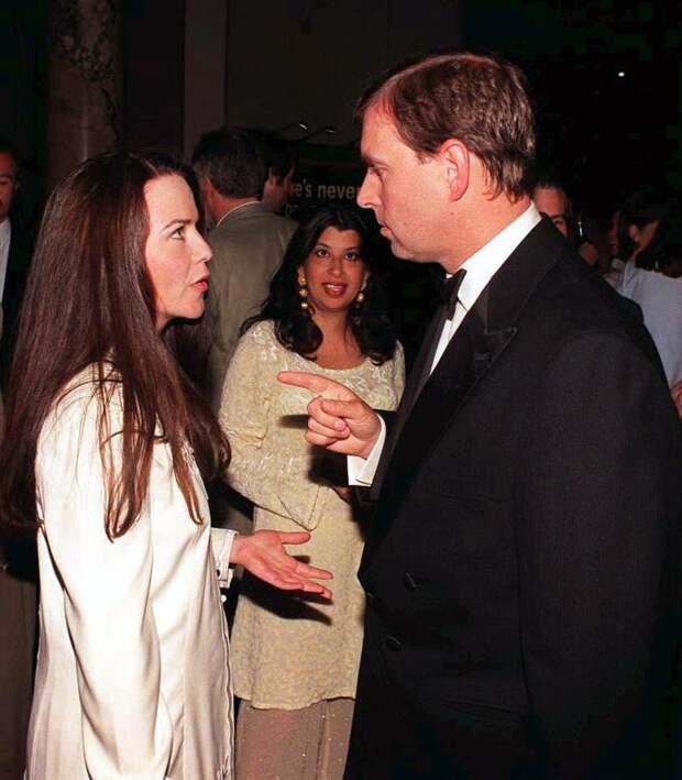 Кейтлин Старк и принц Эндрю, 1998