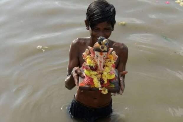 Ежегодный фестиваль Ганеши в Индии