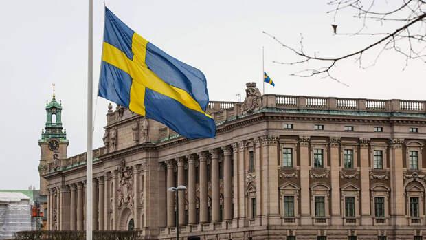 """Главком армии Швеции """"не исключает"""" конфликта с Россией"""