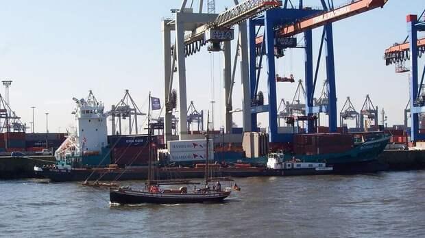 В порту Николаева два года хранится еще больше селитры, чем взорвалось в Бейруте