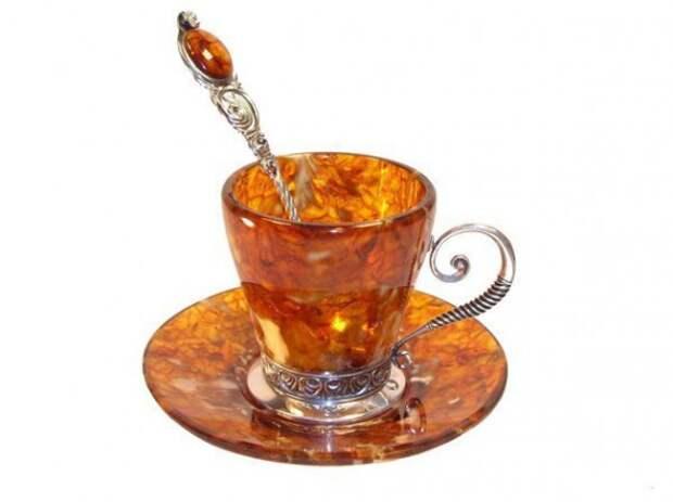 Чашки из янтаря