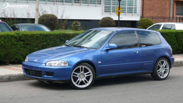 Самый массовый автомобиль японской компании. |Фото: bestcarmag.com.