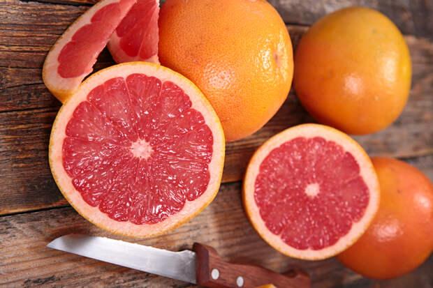 Грейпфрут Марк Ефимов 0 02 февраля 2019 Польза и вред кожуры грейпфрута для организма человека