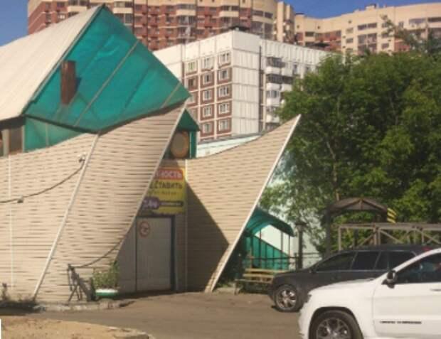 В Выхине-Жулебине снесли нелегальный шиномонтаж