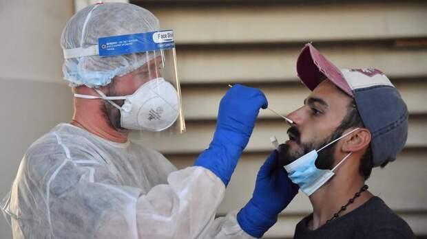 За сутки в Петербурге обследовали на коронавирус 27,5 тысячи человек