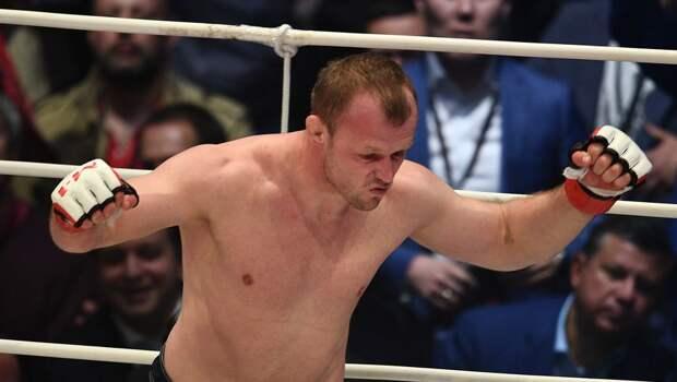 Шлеменко победил Сантоса на турнире АМС Fight Nights 101