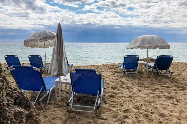 Российским туристам пояснили правила путешествий по островам Греции