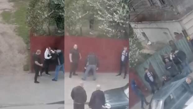 Заслуженный юрист дал оценку бездействию полицейского, наблюдавшего за дракой в Ельце