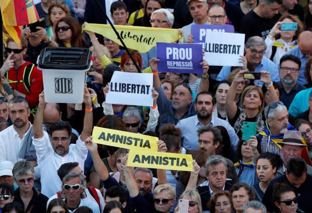Как каталонские сепаратисты загнали себя в ловушку собственных несбыточных обе-щаний