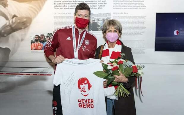 «Герд сказал бы: ты с ума сошел!» Жена Мюллера поздравила Левандовски с тем, что он побил рекорд легенды «Баварии»