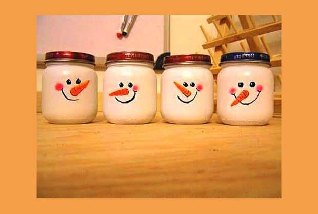 снеговики из баночек