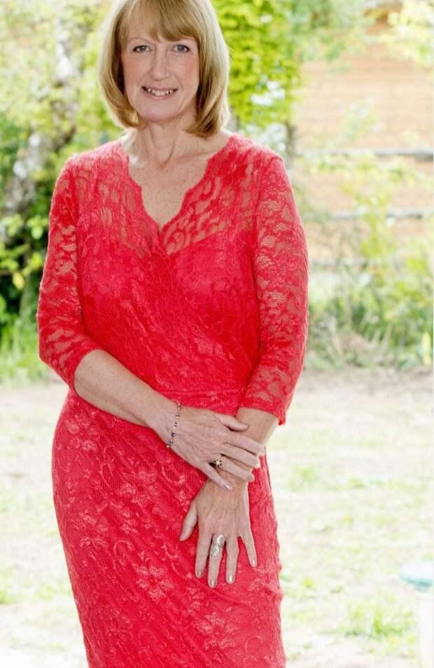 Британка дважды была замужем, но до 50 лет оставалась девственницей