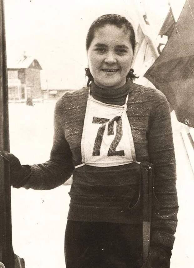 К вековому юбилею лыжного спорта Удмуртии жителям предложили проголосовать за лучшего спортсмена и тренера