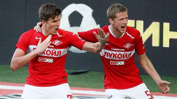 Соболев забил победный на 88-й минуте, но судья отменил гол из-за спорного офсайда. А потом тащил Беленов