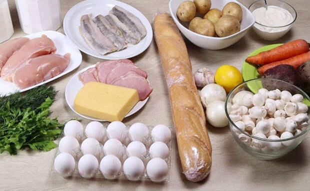 Новогодний стол за 2 часа: наготовили еды из обычных продуктов, но выглядит все по-праздничному