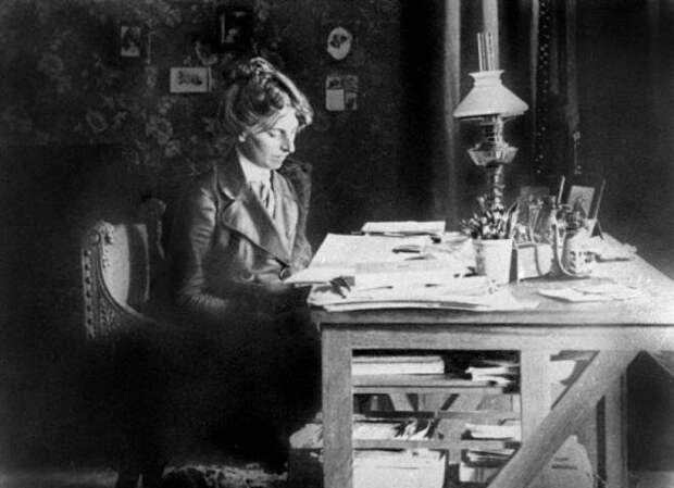 Почему Ленин предпочел некрасивую жену красивой соратнице