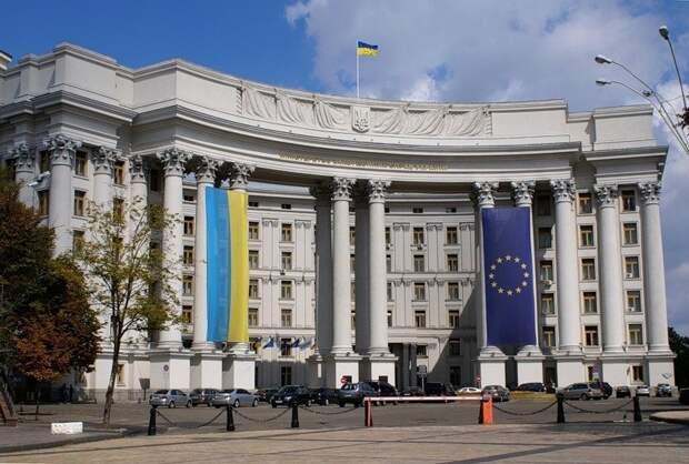 """Украина запустила проект """"Несокрушимые"""" в поддержку пленных"""