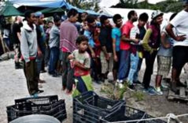 Греция закроет лагеря беженцев