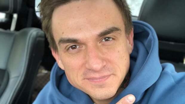 Влад Топалов показал фанатам фото на больничной койке вслед за Тодоренко