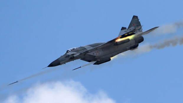 NI поделился сравнением российского истребителя Миг-29 с F/A-18 ВМС США