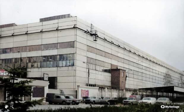 Что сделали с заводом «эффективные менеджеры»? — история заброшенного советск...
