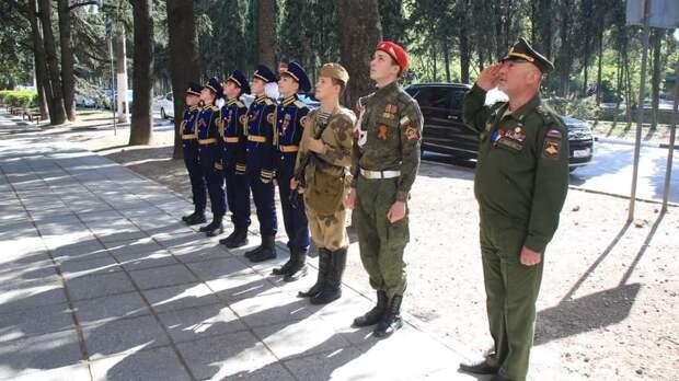 В Ялте прошел Парад для одного ветерана