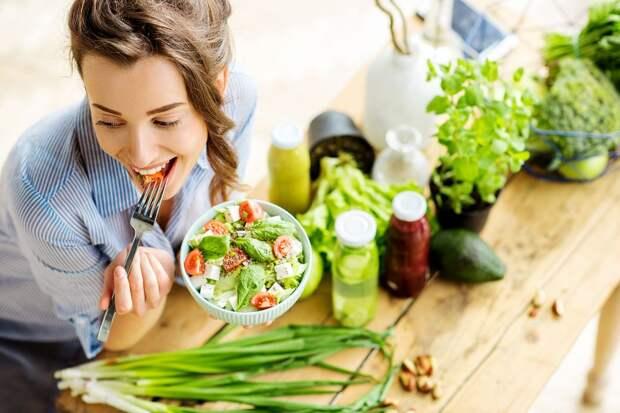 Интервальное голодание: как работает популярная диета и кому противопоказана