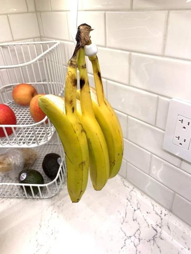 Бананы решили упасть одновременно
