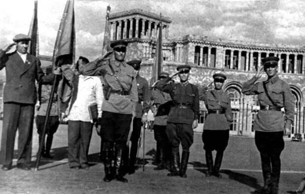 Обучастии советских армян вВеликой Отечественной войне 1941−1945 гг. —часть 2