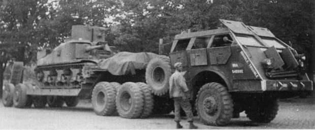 Американский танк T10 на платформе для перевозки. Германия, 1945 год.   Фото: panzerserra.blogspot.com.