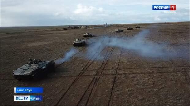 Украинский пограничник высказался о передвижении войск в Крыму