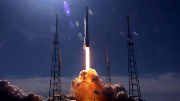 Компания SpaceX отправила на орбиту ракету с 52 спутниками Starlink