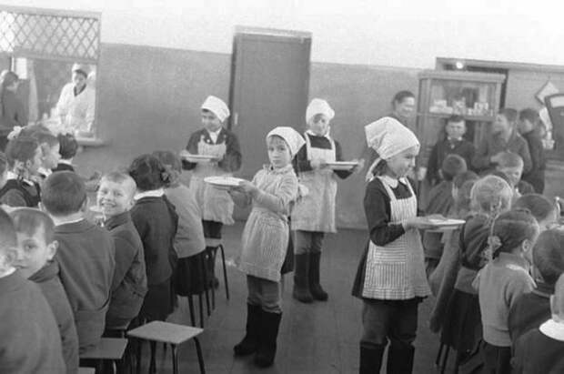 Дежурство в школе уже не то! А вы помните, как это было? Дежурство, как это было, ностальгия, фото, школа