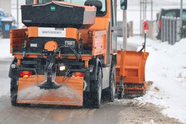 На Базовской улице устранят снежные заносы