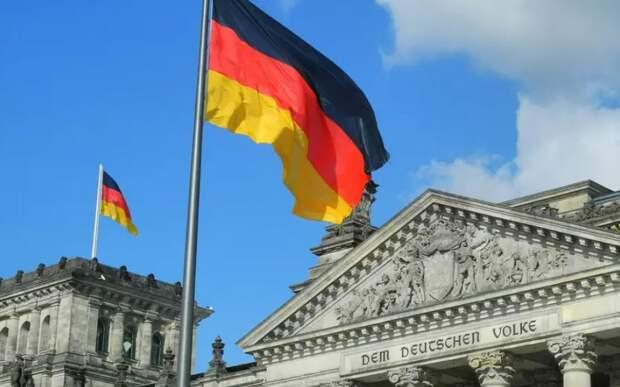 Читатели Die Zeit посоветовали минобороны ФРГ не «играть мускулами» перед Россией