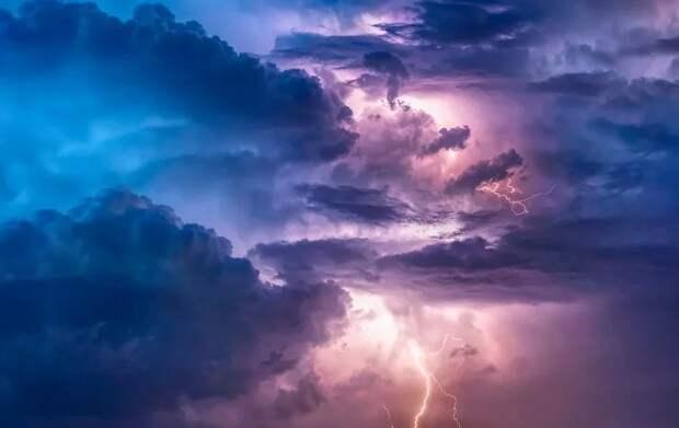 Гроза и ураганный ветер ожидаются в Рязанской области 8 мая