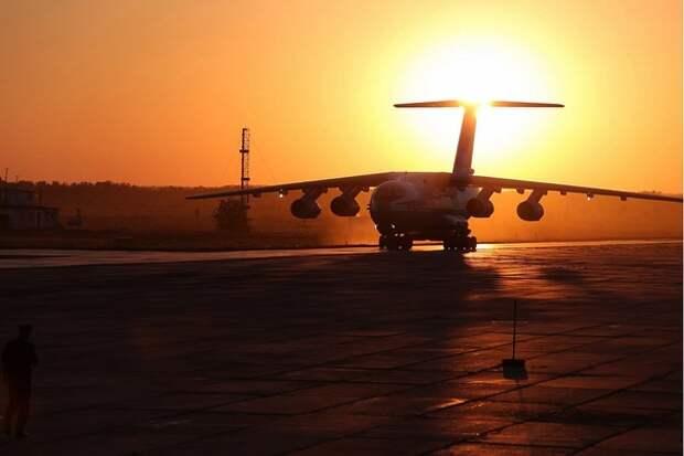 За минуту до крушения борт Ан-26 просил посадку, но ему отказали