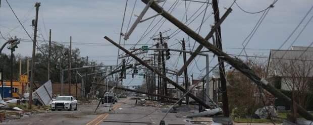 Ураган «Лаура» унес жизни 6 американцев в Луизиане