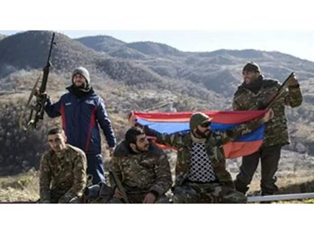"""""""Захватить рубежи"""". В споре между Арменией и Азербайджаном — новый игрок"""