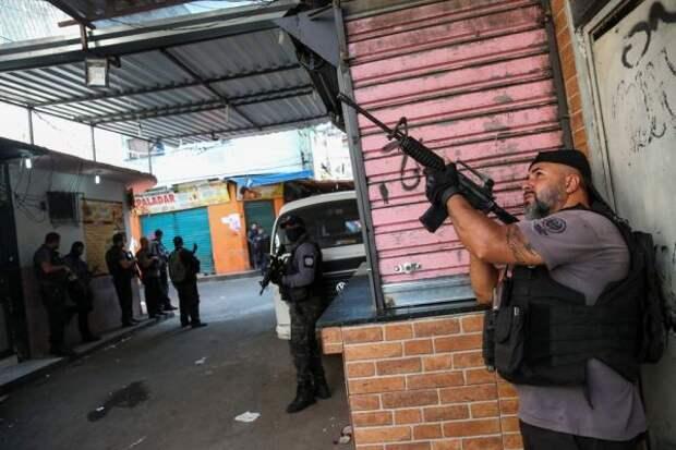 ВБразилии 25 человек убиты входе перестрелки вметро