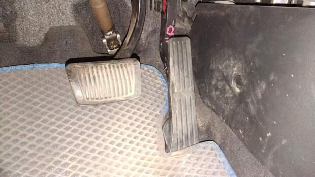 Частая причина провалов при нажатии на педаль газа, о которой не знают даже многие автомеханики
