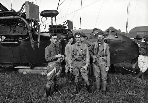 Самолеты и пилоты начала 20-го века на снимках американских фотографов (18)