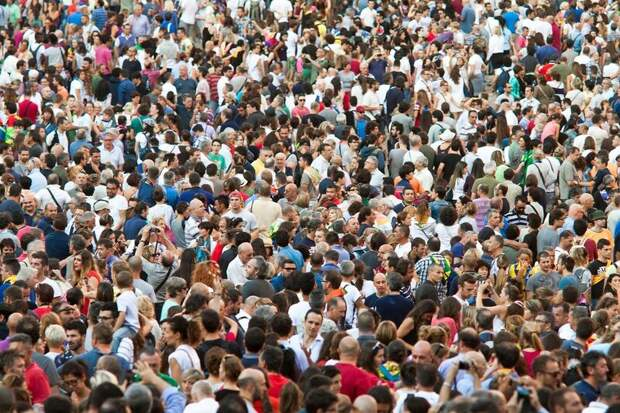 Интересный вопрос: что произойдёт, если всё население Земли одновременно подпрыгнет?