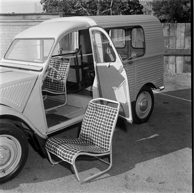 Citroen 2CV Fourgonnette - Фургон для бедных французских фермеров