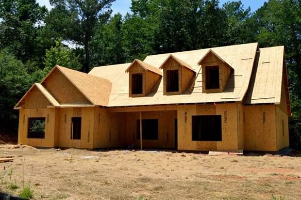 Россиянам угрожает дефицит древесины для строительства жилья