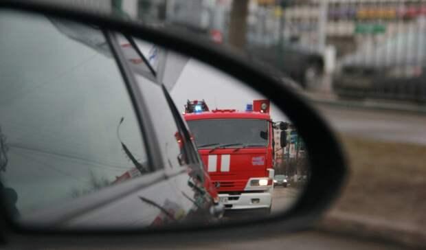 Водитель вПетрозаводске, непропустивший пожарную машину, объявлен врозыск