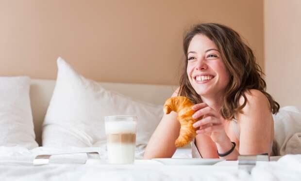 Пять причин больше никогда не есть в постели